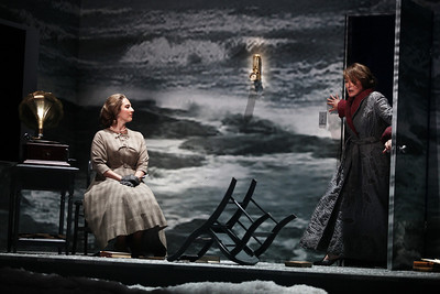 Photo: Julieta CervantStephanie Foley Davis as Mary McCarthy and Patricia Schuman as Carlotta Monterey in The Glimmerglass Festival's world-premiere production of A Blizzard On Marblehead Neck. Photo: Julieta Cervantes.