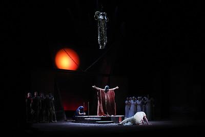 The Glimmerglass Festival's 2011 productin of Cherubini's Medea. Photo: William Brown.