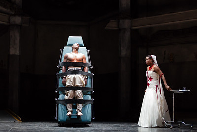 Noah Stewart as Radamès and Adina Aaron as Aida in The Glimmerglass Festival 2012 production of Aida. Photo: Karli Cadel/The Glimmerglass Festival.